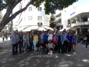 Group photo Nikosia tour on square